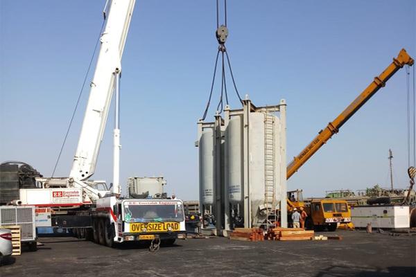 High Capacity Crane Rental in Gujarat