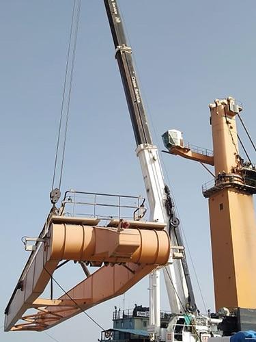 #alt_tagHigh Capacity Crane Rental in Gujarat